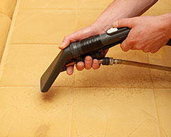upholstery_cleaning_01